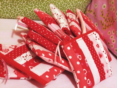Vday_pouches_1